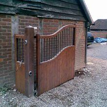 timber gates, side hinged