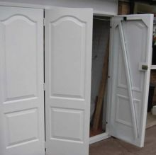 garage door with side door