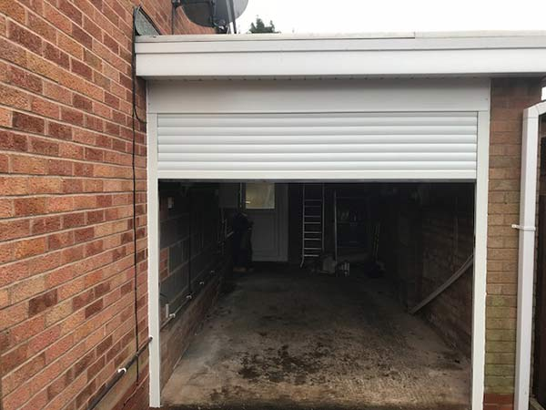 insulated-compact-55-roller-garage-door