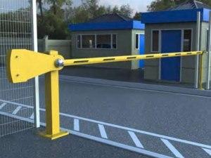 heavy-duty manual barrier