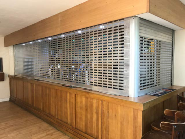 2-sided aluminium-grille protecting bar