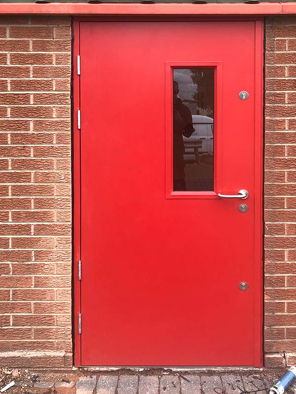 high-security safeguard defender steel-doors with glazing ext