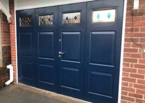 50-50 bifolding-side-folding garage doors