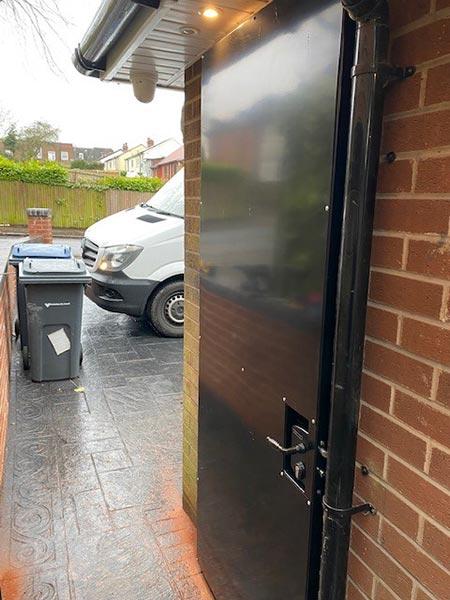 Steel side-gate with Locinox lock steel frame galvanised & powder-coated